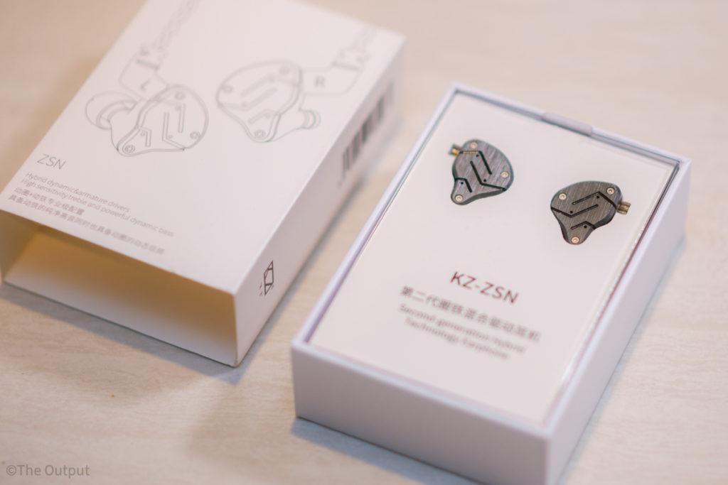 [KZ ZSN] 騙されたと思って2000円の中華イヤホンを試したらあの18万円のヘッドホンよりすごかった
